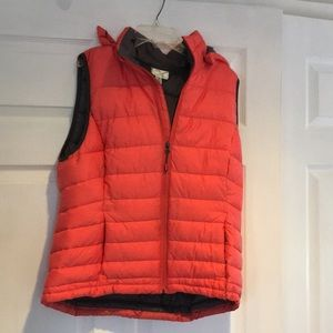 Salmon color quilted vest with removable hood